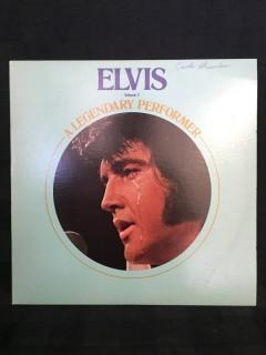 Elvis, A Legendary Performer 2 Vinyl.