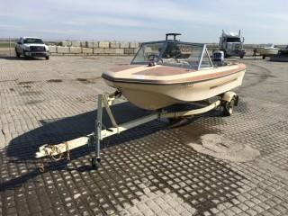 Glascon 14' Fiberglass Boat c/w Evinrude 35. Requires Repair. S/N ZGL380180782 Trailer S/N 2AT910052NM203075.