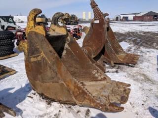 """Brandt 35"""" Digging Bucket to Fit JD450 Excavator"""
