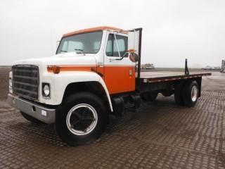 1982 International S1700 S/A Deck Truck