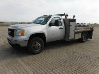 2013 GMC Sierra 3500 4x4 Deck Truck