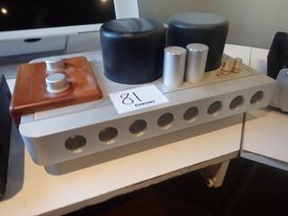 Qinpa A-8000 MK(ii) Integrated Amplifier.