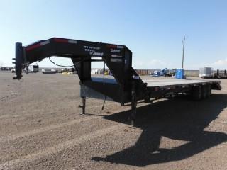 2014 Road Clipper 8'x30' Triaxle Gooseneck Trailer