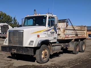 Freightliner T/A Gravel Truck c/w Cat 3176, 10 Spd, Tarp, Plumbed For Pup. Showing 484102 Kms.