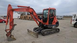 Kubota KX-121-3 Mini Excavator Showing 1913 Hours.