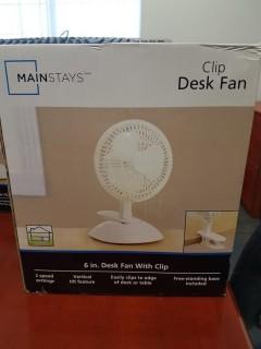 "Mainstays 6"" Desk Fan with Clip"