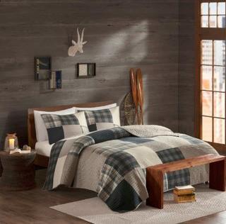 Woolrich Winter Hills 3 Piece Reversible Quilt Set, Queen