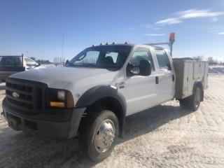 2007 Ford F-450 XL 4X4 Crew Cab Service Truck c/w 6.8L, A/T, 9' Body, Showing 140,440 KMS. VIN# 1FDXW47Y97EB51007
