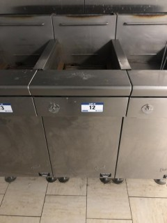 Quest MV40/130 130,000 BTU Twin Basket Deep Natural Gas Fryer. S/N 19012