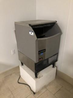 Ice-O-Matic ICEU150HA6 Ice Machine C/W 3M Water Filter. S/N 17071280010702