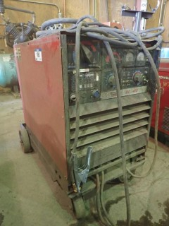Lincoln DC 400 Multi Process Welder. S/N C1950200576