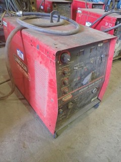 Lincoln 275 TIG Welder. S/N U1010514419