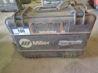 Miller Suitcase X-Treme 12VS Wirefeeder . S/N MA180903N