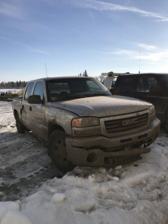 2004 GMC 1500 4X4 Crew Cab C/W 5.3L Vortec, A/T. VIN# 2GTEK13T641411084 **PARTS ONLY**
