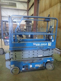 Genie GS-1930 Electric Scissorlift. SN GS3006B78972