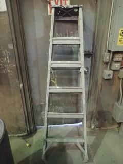 6' Aluminum Ladder