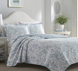 Amberley Reversible Quilt Set by Laura Ashley Home, King