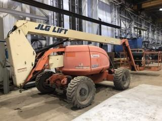 2008 JLG 600AJ 4x4 Articulated Boom Lift C/W Diesel, Power To Platform, Articulating Basket, Showing 4005 Hrs, s/n 300125203 *LOCATED AT FOREMOST YARD IN LLOYDMINSTER** For Viewing/Information Contact Jason At 780-870-0193
