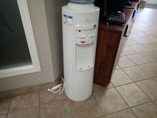 Vitapur Hot/Cold Water Dispenser. **LOCATED IN MILK RIVER**