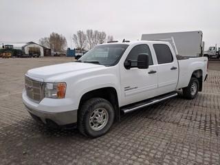 2009 GMC 2500 HD Crew Cab 4x4 P/U c/w Duramax Diesel, Auto, A/C. ,. Showing 162,228 Kms. S/N 1GTHK43669F154078