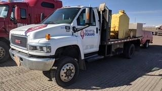 "2007 GMC C5500 S/A 4x4 Deck Truck c/w Duramax Diesel, Auto, 2180L Fuel Tank, Vanair Viper Air Compressor, Samson 2835 Pneumatic Fuel Transfer Pump, Hose, Reel, Fill-Rite Liter Got, 14' Deck. (2) 20""x20""x20"" Storage Cabinets. Showing 67016 Kms. S/N 1GDE5C3257F405828"