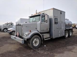 2002 Western Star 4900FA T/A Fuel/Lube Truck c/w Cummins ISM, 18 Spd, A/C,(5) Oilfluid Tanks, Pneumatic Pumps, Air Tank w/Predat Air Hyd. Air Compressor, Advance 6520 L Fuel Tank, Hyd. Fuel Transfer Pump, 8,500 Kg Front, 9,092 Kg Rear Axles. Showing 458,506 Kms. S/N 2WLHAEA852KL01931