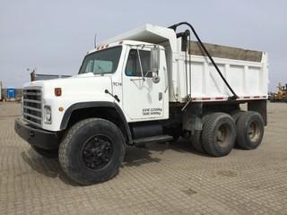 International F1954 T/A Gravel Truck c/w 466 Diesel, Auto, Air Ride Susp., 11' Box, Tarp. Showing 96374 Kms. S/N 2HTAF1957CCA10633