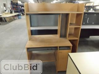 "46""x23""x5' Desk w/Shelves & CD Storage"