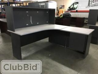 "L-Shape 6'6""x4' Desk w/Stack On & (4) Drawers"