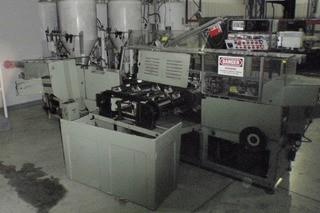 "CAM (Centro Automazioni Moderne) ""AV-22"" Vertical Intermittent Motion Cartoner, S/N C15335AV-22"