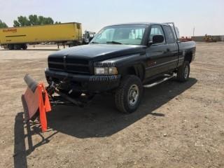 """1998 Dodge Ram 2500 4x4 Extended Cab P/U c/w V10, Auto, A/C, 82"""" Plow. Showing 283,533 Kms. S/N 1B7KF23W9WJ109725"""