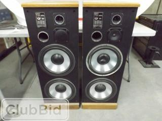 "Set of 2 Post Audio Digital Monitor 40"" Upright Speakers (Model # DM16)"