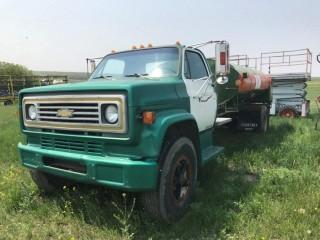 1986 Chevrolet C60 with 7500 liter Fuel Tank w PTO driven pump and hose S/N 1GBG6D1A5GV114427