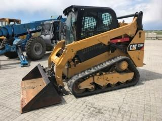 2016 Cat 259D Tracked Skid Steer c/w 2 Spd, AC, Radio, Quick Attach, Bucket. Approximately 1001 Hours. S/N FILO7804.