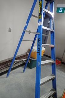 Fiberglass/Aluminum 7' Step Ladder.