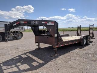 Load Max 2007 27' T/A Gooseneck Deck Trailer c/w 7,000 LB Axles, Winch, 235/85.16 Tires. Unable to verifiy serial number.