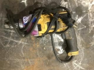 Dewalt 120V 1/2in Drill