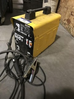 DECA Decastar 100E Wire Feed Welder. SN 02315000941